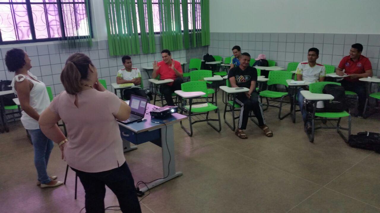 Curso de extensão ensina como utilizar os jogos pedagógicos no processo de ensino-aprendizagem