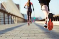 PESQUISA EM SAÚDE –  Resultado de pesquisa sobre riscos à saúde em corredoras de rua é publicado em revista científica
